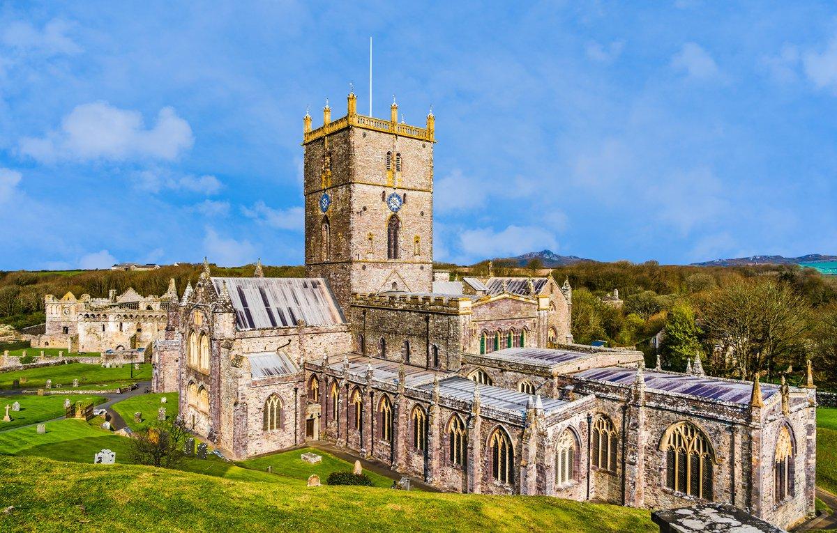 St David's cathedral_AdobeStock_285519044.jpeg