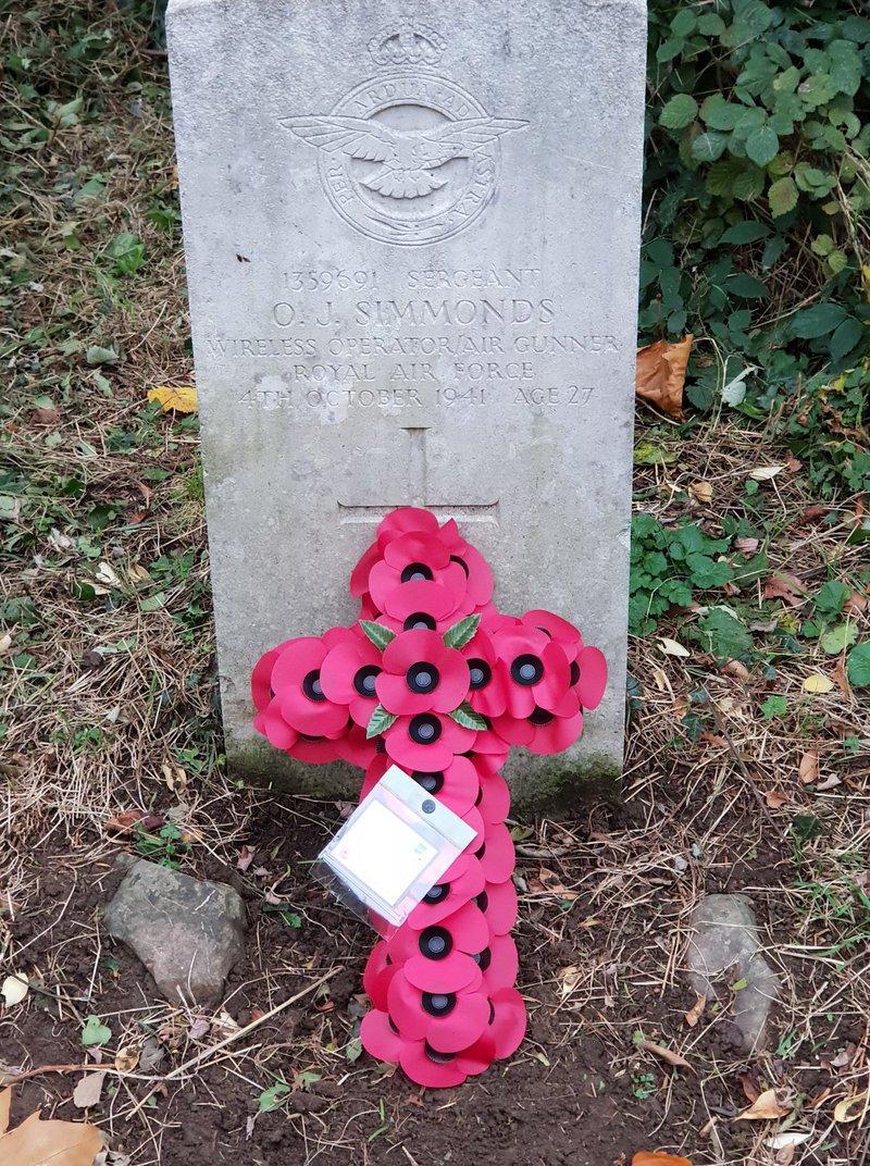 War graves Whitchurch3.jpg